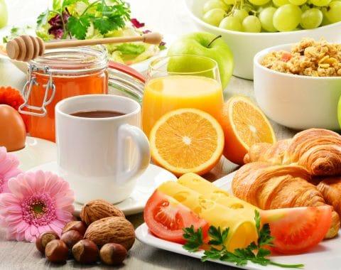 La colazione: consigli e ricette per tutti i tipi di dieta