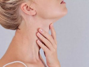 Tiroide: la dieta giusta per stimolarla o rallentarla