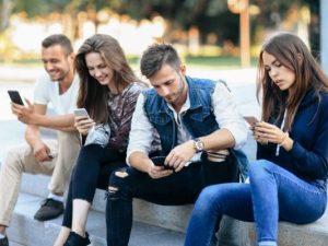 Come evitare la dipendenza da smartphone