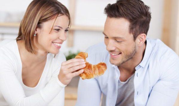 dolci da colazione, brioche e croissants
